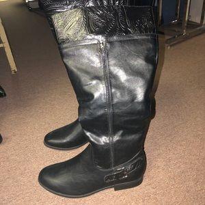 East Spirit Black Boot Size 12